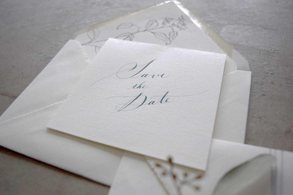 パーティーやイベントの招待状をイメージして作った自主制作作品です。